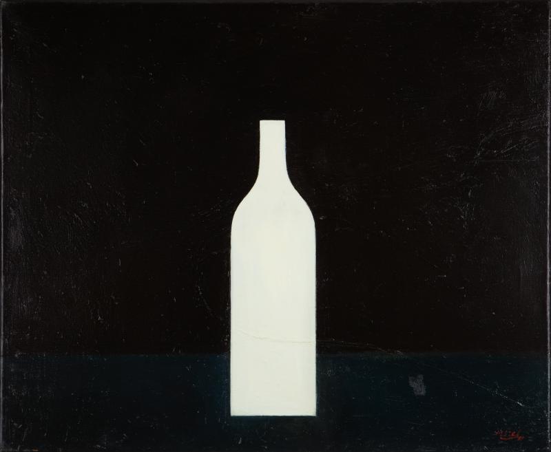 Peter Dotrel Weiße Flasche auf schwarzem Grund